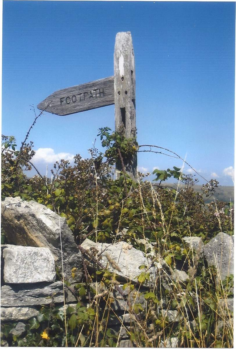 Acton fingerpost